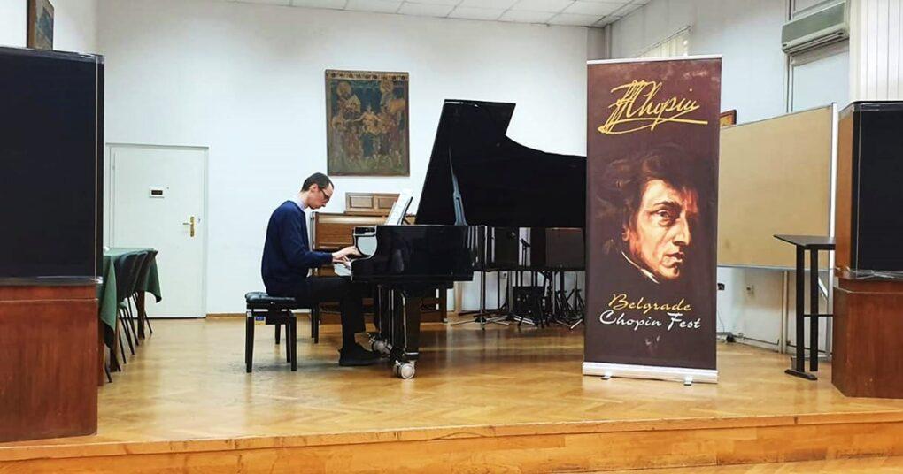 casovi-klavira-za-odrasle-eva-music-prva-privatna-medjunarodna-muzicka-skola-nastup-marka-simica-na-chopin-festu
