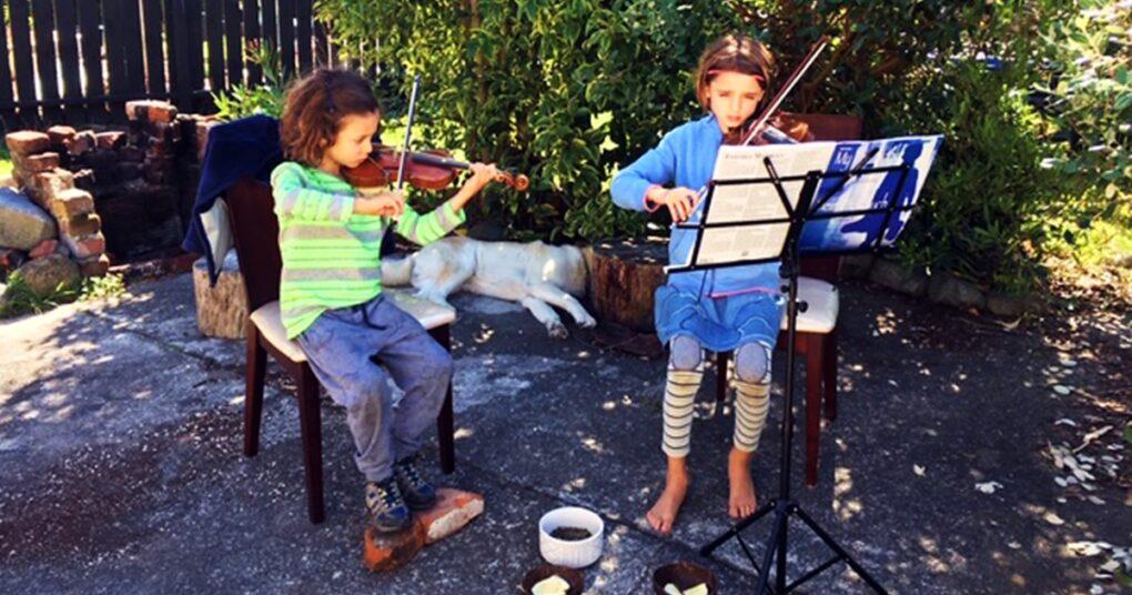 vezbanje-violine-skolovanje-kod-kuce-eva-music-prva-privatna-medjunarodna-muzicka-skola-u-beogradu