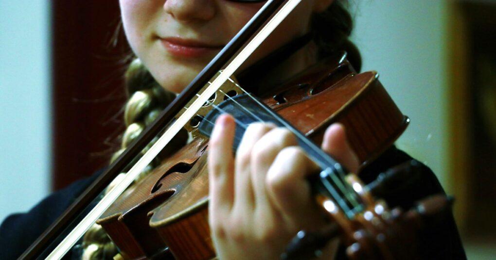 privatna-muzicka-skola-eva-music-sviranje-violine