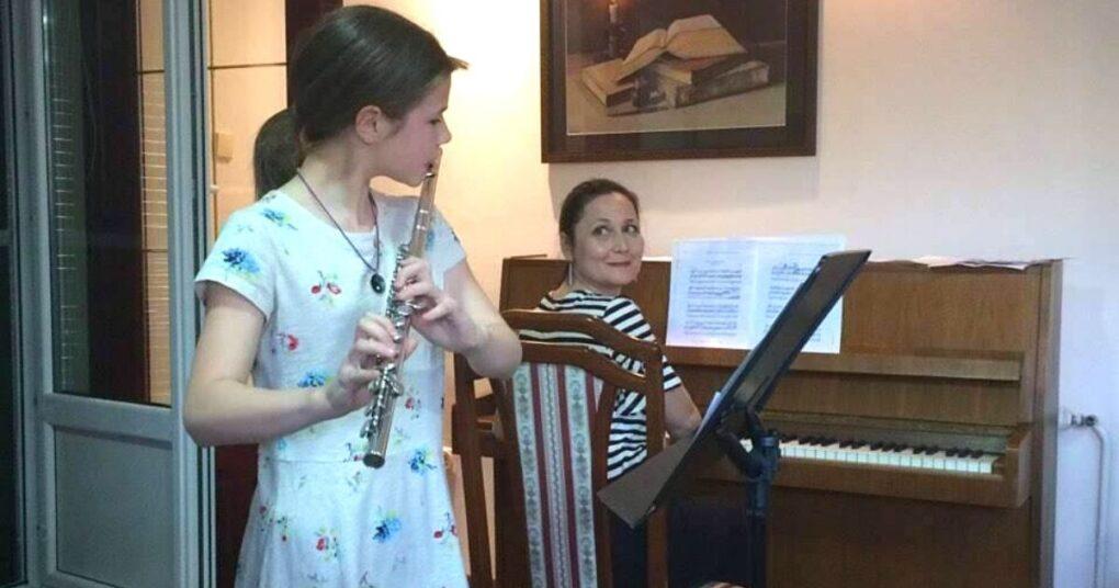 prva-medjunarodna-privatna-muzicka-skola-eva-music-nastup-sa-korepetitorom