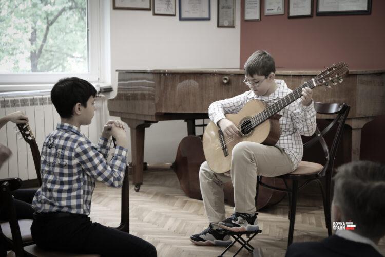 Music school vs. private lessons