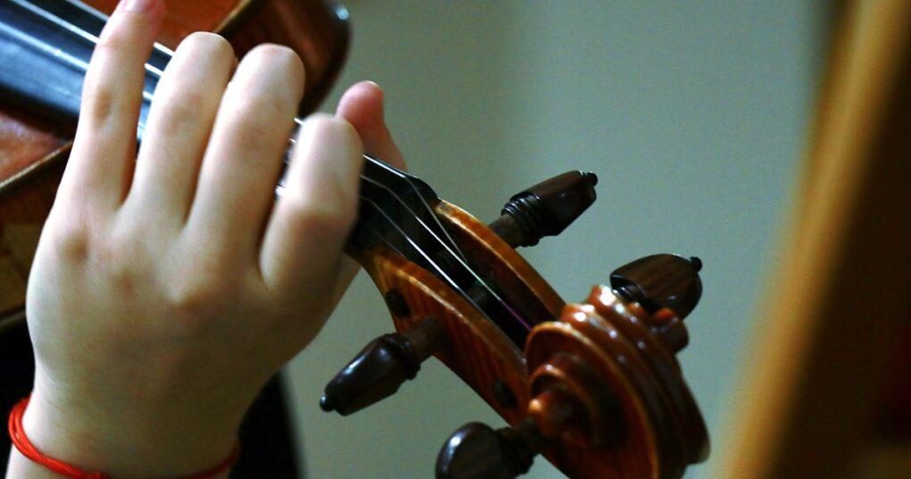 Sve o upisu u muzičku školu - časovi violine u privatnoj muzičkoj školi Eva