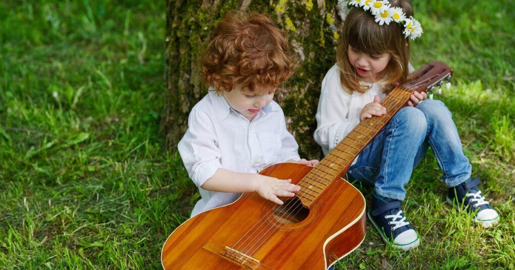 casovi-gitare-kada-poceti-privatna-muzicka-skola-eva-music