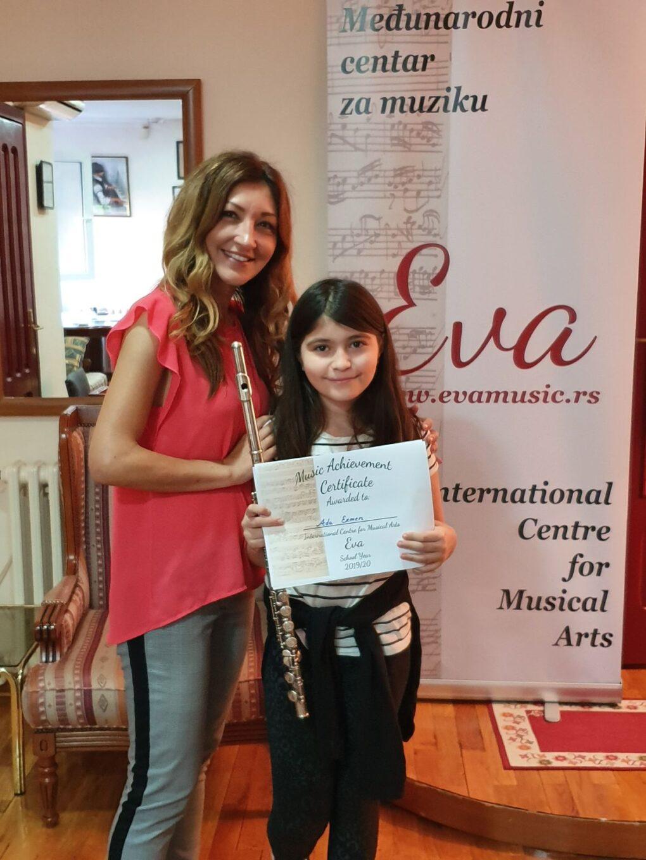 casovi-flaute-profesorka-saska-sa-ucenicom-muzicka-skola-eva-music